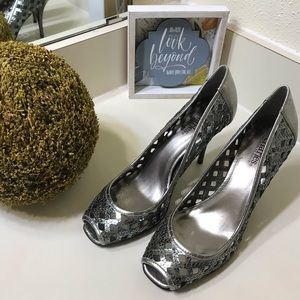 Charles david gray sequined heels size 7 1/2